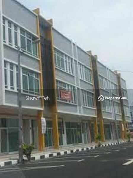 Semabok Square #161668360