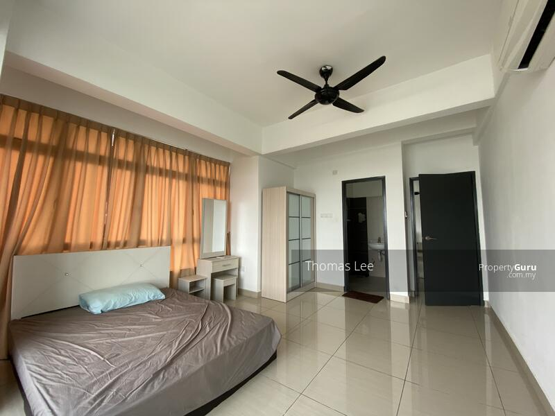 Unblocked view Fully furnish condo with Hugh Space beside Golf Course #161685700