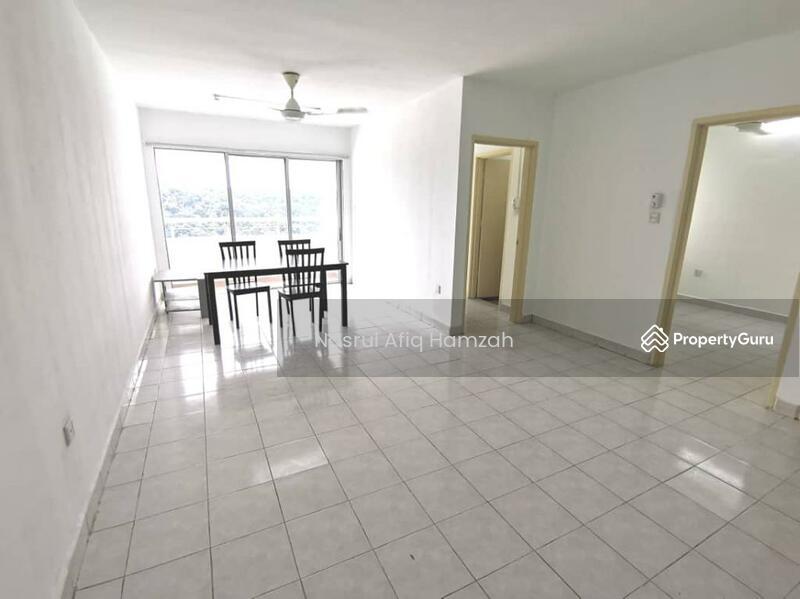 Flora Damansara #161746122