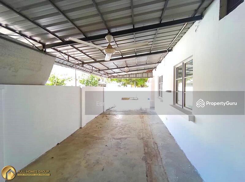 Jalan Indah 5 @ Bukit Indah #162359970