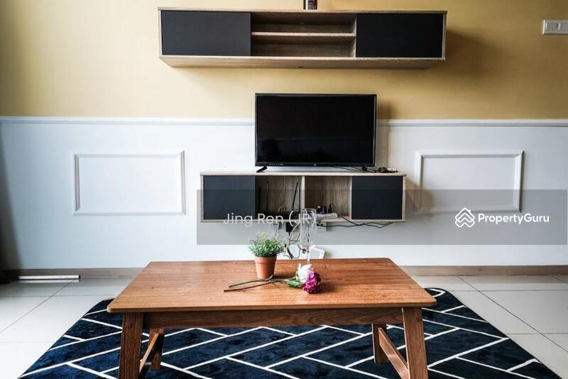 Vista Alam Serviced Apartment #162050586