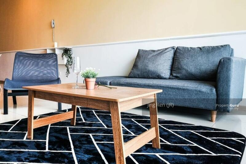 Vista Alam Serviced Apartment #162050598
