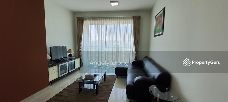 Solaris Dutamas Designer Suites #162179828