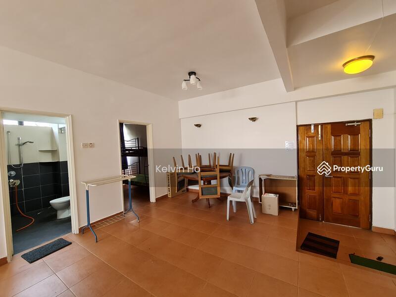 Meranti Apartment #162298642