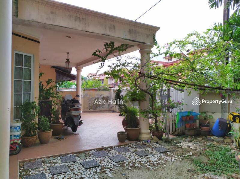 CORNER 2 Storey Terrace House Bandar Tun Razak KL #162464110