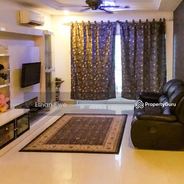 Cova Suites #162497766