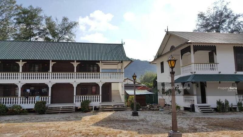 Land and Resort in Pulau Perhentian Besar, Terengganu #162498734
