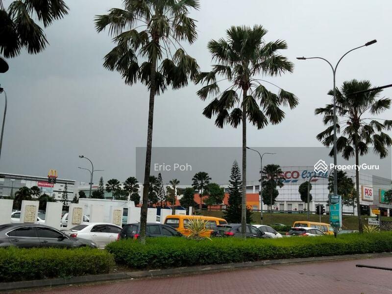 Taman Mutiara Mas #162564706