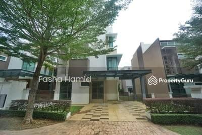 For Sale - Bungalow Exclusive 3 Storey Saujana Zero-Lot Saujana Glenmarie Shah Alam freehold