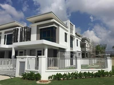 For Sale - [HOC Free All Legal Fees+ Zero Downpayment] 2-Sty 22x80 Freehold Indivitual Title di Sepang