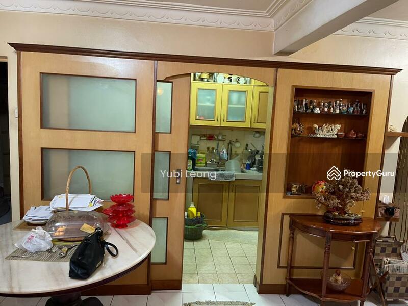 saujana apartment #162804674