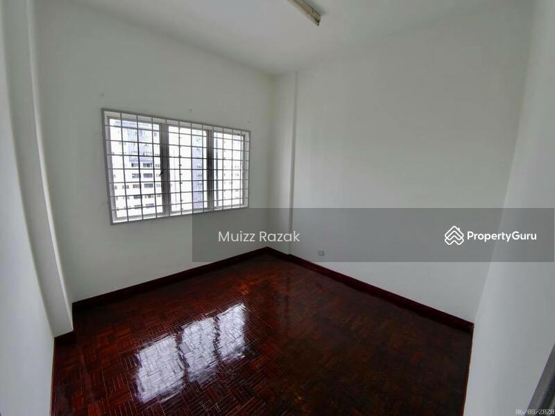 Apartment Suria Kipark #162806454