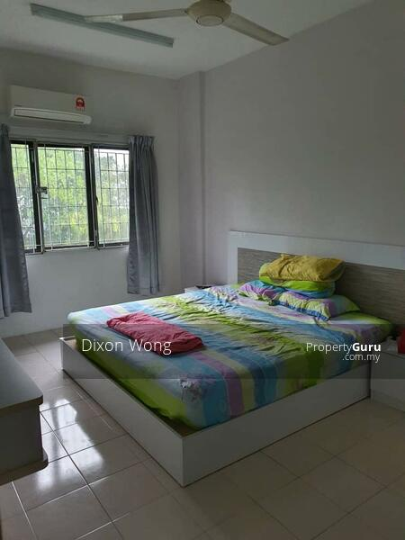Villa Dahlia #162979434