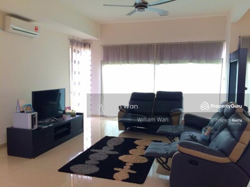 Vista Alam Serviced Apartment #163045008