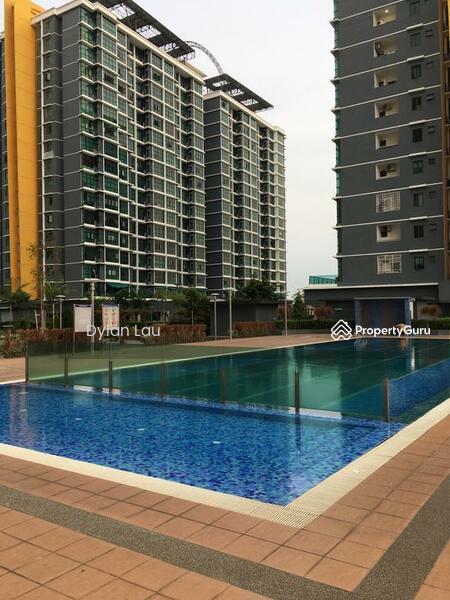 Vista Alam Serviced Apartment #163050534