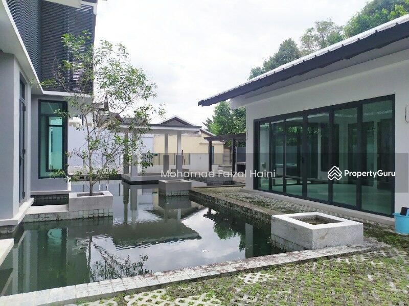 Bukit Jelutong #163055278