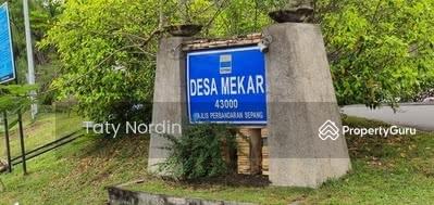 For Sale - Desa Mekar Kajang