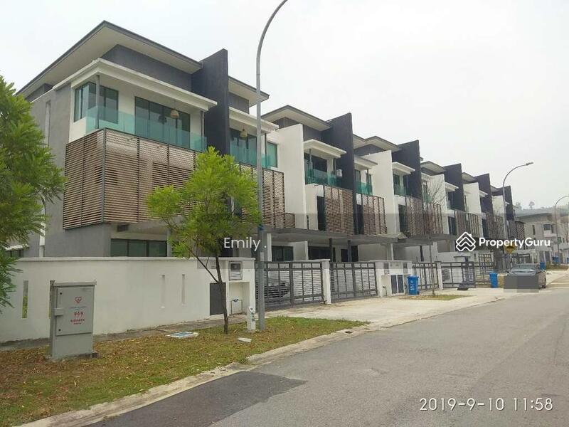 [Good Buy] 2.5 Storey Terrace House in Nusa Rhu, Seksyen U10, Shah Alam, Selangor #163193898
