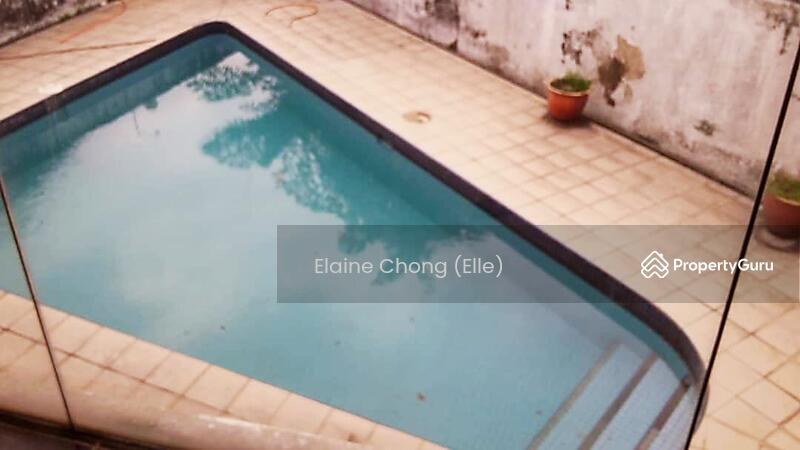 Pantai - KLCC view, pool #163264780