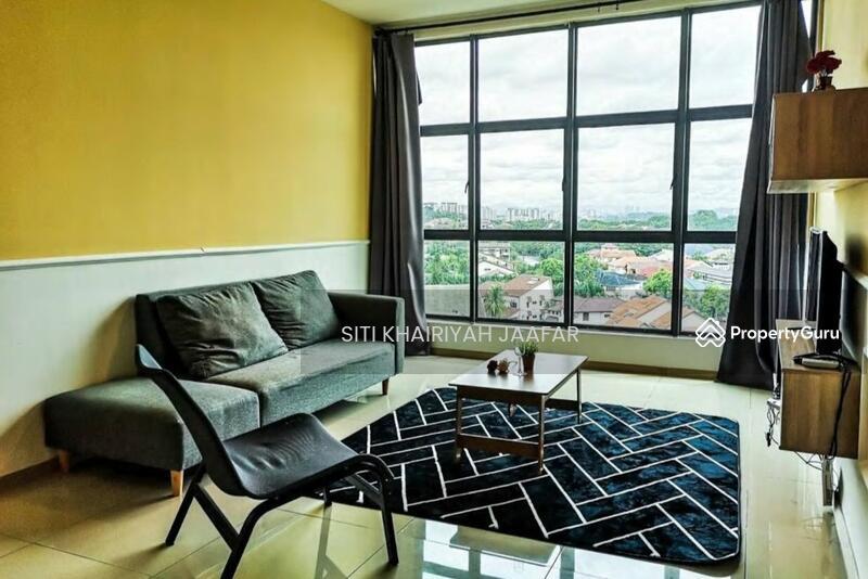 Vista Alam Serviced Apartment #163271294