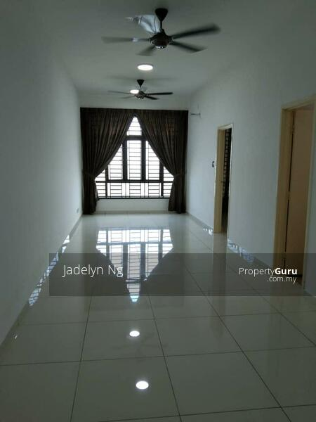 D Summit Setia Tropika Apartment 2 room Low Rental Low Deposit #163425136