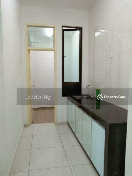 D Summit Setia Tropika Apartment 2 room Low Rental Low Deposit #163425144