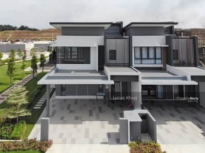 For Sale - [New Launch] Freehold + Full loan Terrace House! 20km to PJ thru Dash Highway!