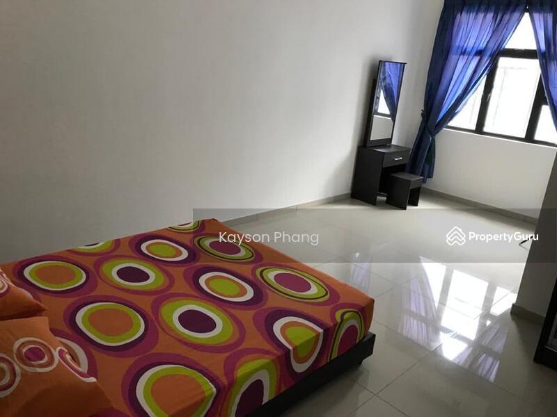 2.5 Storey Terrace House @Taman kempas utama #163579638