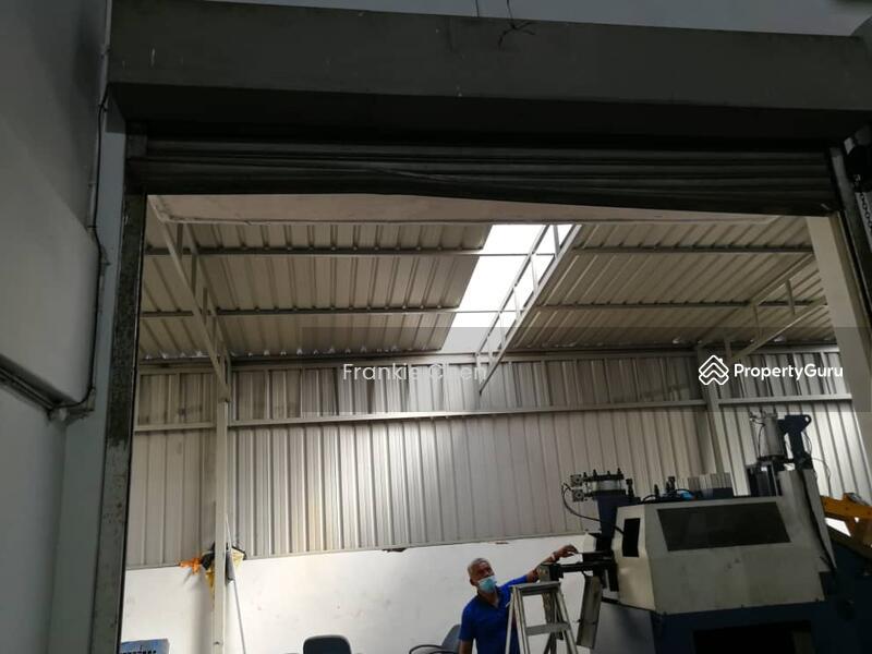 1.5 Storey Semi D Factory Desa Cemerlang Jalan Mashyur #163661464