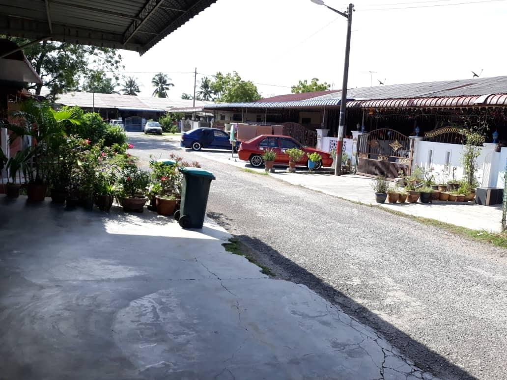 For Sale - Bandar Baru Sungai Lalang