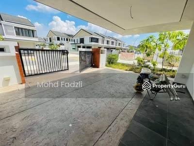 For Sale - Elmina Green End Lot