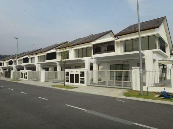 For Sale - Save up 100k unit! cash bank 200k rb40% 25x85 superlink 2sty house, shah alam