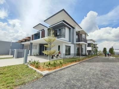 For Sale - NEW LAUNCH FREEHOLD HILLTOP 2 Storey Terrace House