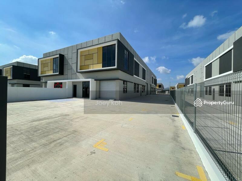 SEMI D FACTORY WAREHOUSE Eco Business Park V Puncak Alam Ijok Kuala Selangor #164196336
