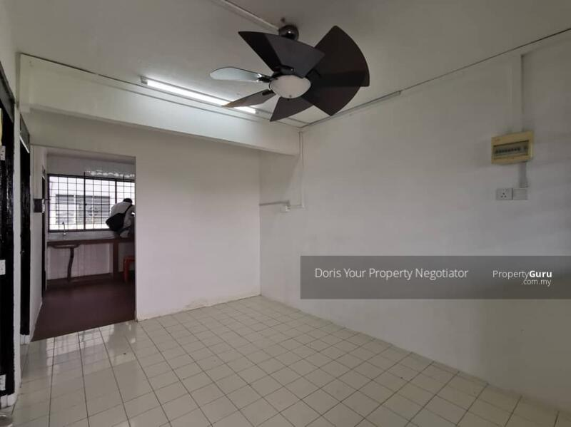 Flat Taman Ungku Tun Aminah #164352370