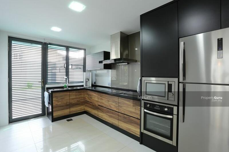 Shah Alam ! ! Freehold Double Storey Big House only RM375K ! ! 0% Downpayment ! ! ! #164590210