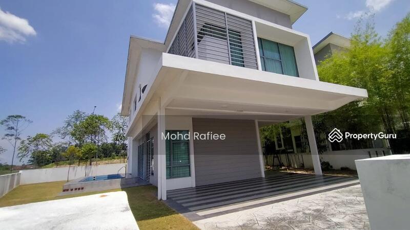 Bungalow house, Frangipani Villa, Kota Seriemas, Nilai with Fully furnished #164624672