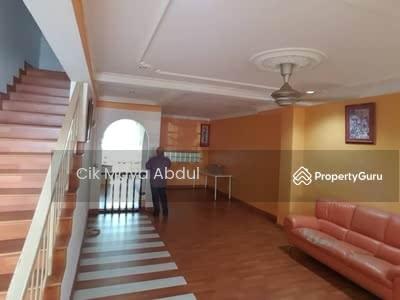 For Sale - FULLY EXTEND Double Storey Terrace Jalan J Taman Melawati Kuala Lumpur