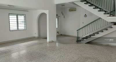 For Sale - (Cheap) 2-Storey End-lot Terraced House @ Damansara Utama/ Damansara Uptown