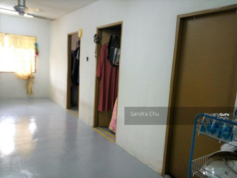 Apartmen Harmoni #164746438