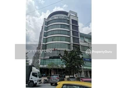 For Rent - 2745sf RENOVATED Office Corner, Puchong Jaya , IOI BOULEVARD , Level 3