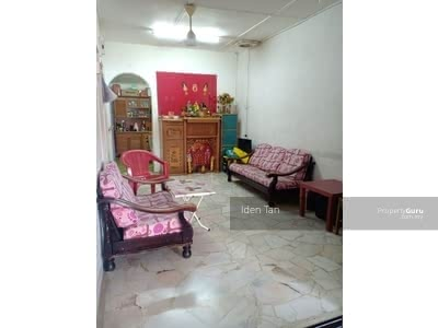 For Sale - Taman Ungku Tun Aminah 1storey house with good condition