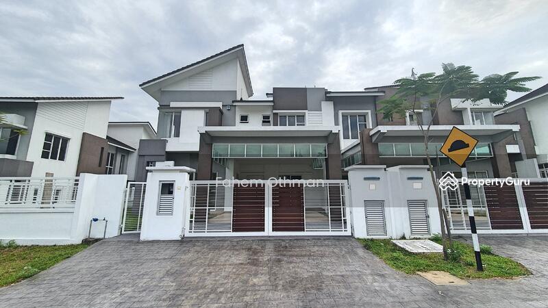 2 Storey Semi D House, D'Kayangan Seksyen 13, Shah Alam. #164838900