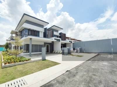 For Sale - FREEHOLD + HOC + FULL Loan - 22x75 Double Storey @Sungai Buloh Awarded New Township