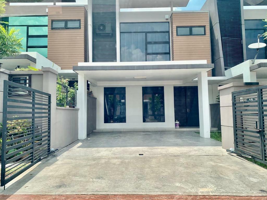 For Sale - [VERY NICE UNIT] 2-Storey Terrace, Jln Selasih, Taman Cahaya Alam, U12, Shah Alam