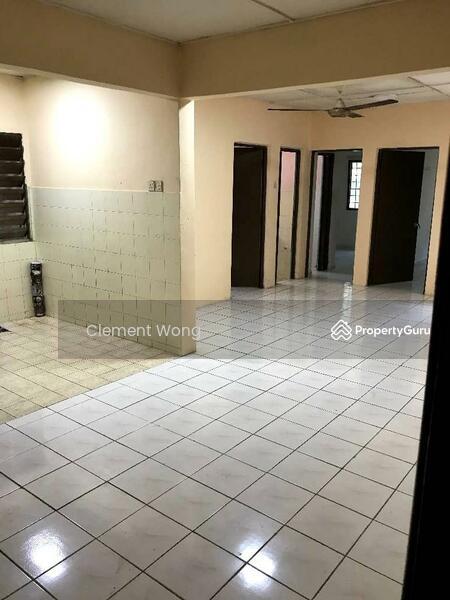 saujana apartment #164987452