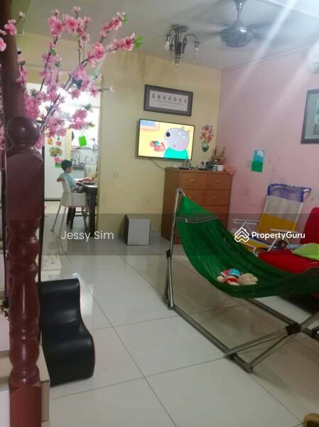 Jalan Seroja, Taman Johor Jaya #165037904