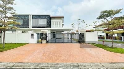 For Sale - [End Lot] 2 Storey Semi D House, Temasya Cinta, Glenmarie Shah Alam.