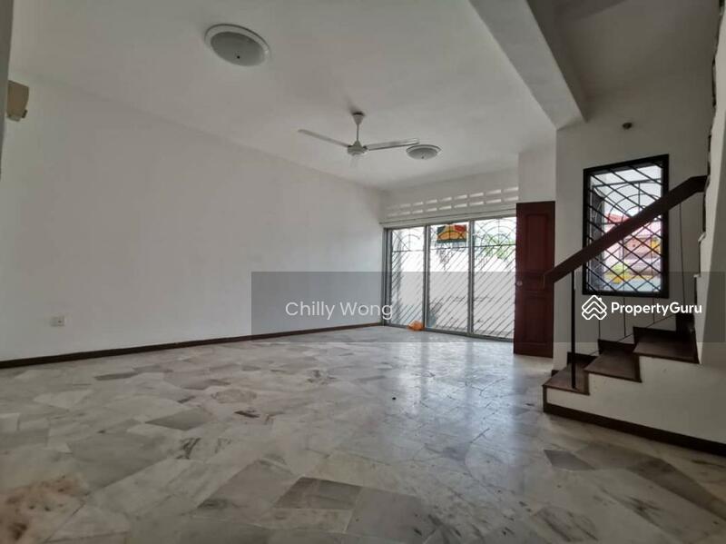 Bandar Permas Jaya #165275952