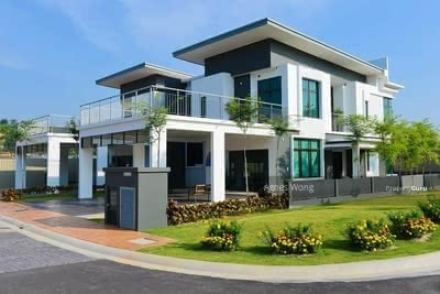 For Sale - [ Monthly Instalment RM1. 8K ] Resort Concept 24x70 Freehold/ 5 Tier Security/ Nearby Seremban